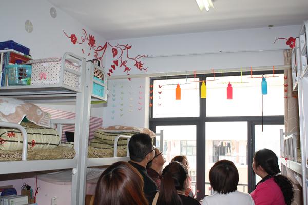 美术与工艺设计系于3月11日—25日开展了为期两周的宿舍文化节活动,系图片